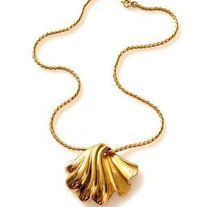 Monet Vintage Necklace Gold Tone